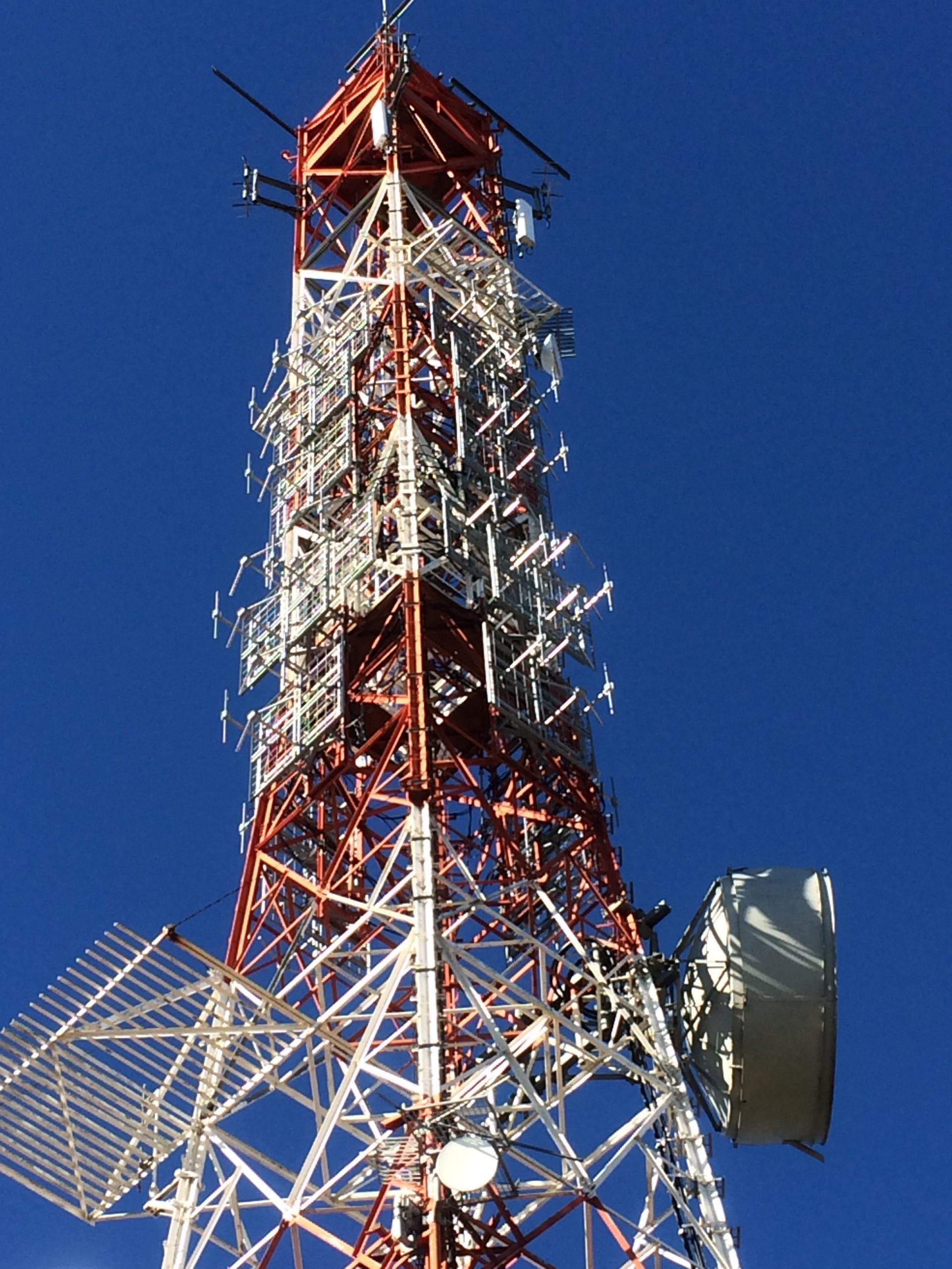 New FM antenna system at Monte Cammarata station, Cammarata, Italy